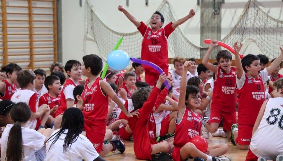 Auguri Di Natale Per Sportivi.Auguri Di Buon Natale Basket Mestre